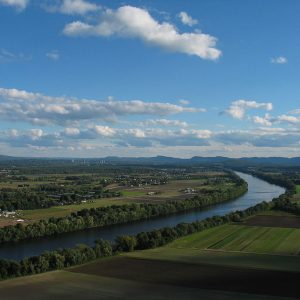 Pioneer Valley from Mount Sugarloaf - view of the Connecticut River